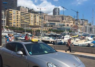 Porsche Taxi sur Valence